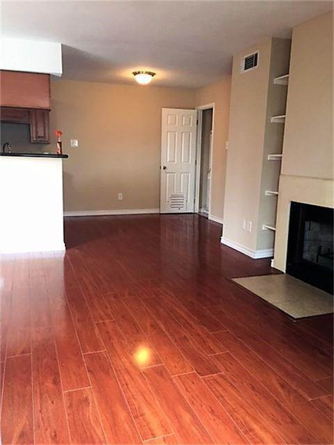 5. Condo / Townhouse for Rent at 2750 Holly Hall Street #1402 2750 Holly Hall Street Houston, Texas 77054 United States