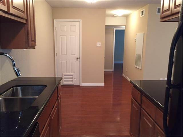 8. Condo / Townhouse for Rent at 2750 Holly Hall Street #1402 2750 Holly Hall Street Houston, Texas 77054 United States