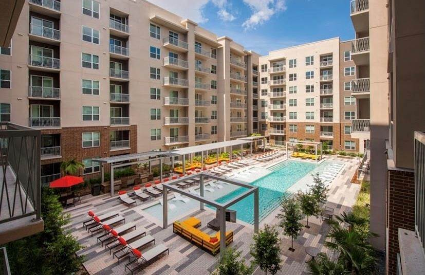 High or Mid-Rise Condo for Rent at 10402 Town And Country Way #147 10402 Town And Country Way Houston, Texas 77024 United States