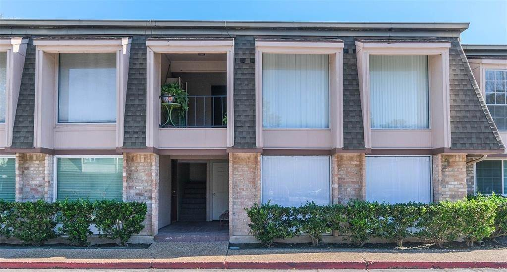 Condo / Townhouse for Rent at 12633 Memorial Drive #170 12633 Memorial Drive Houston, Texas 77024 United States