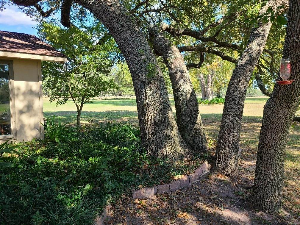 Single Family for Sale at 6245 W Us Highway 90 Schulenburg, Texas 78956 United States