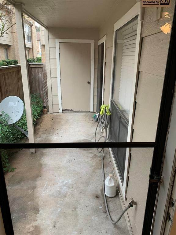 14. Condo / Townhouse for Rent at 2120 Wilcrest Drive #119 2120 Wilcrest Drive Houston, Texas 77042 United States
