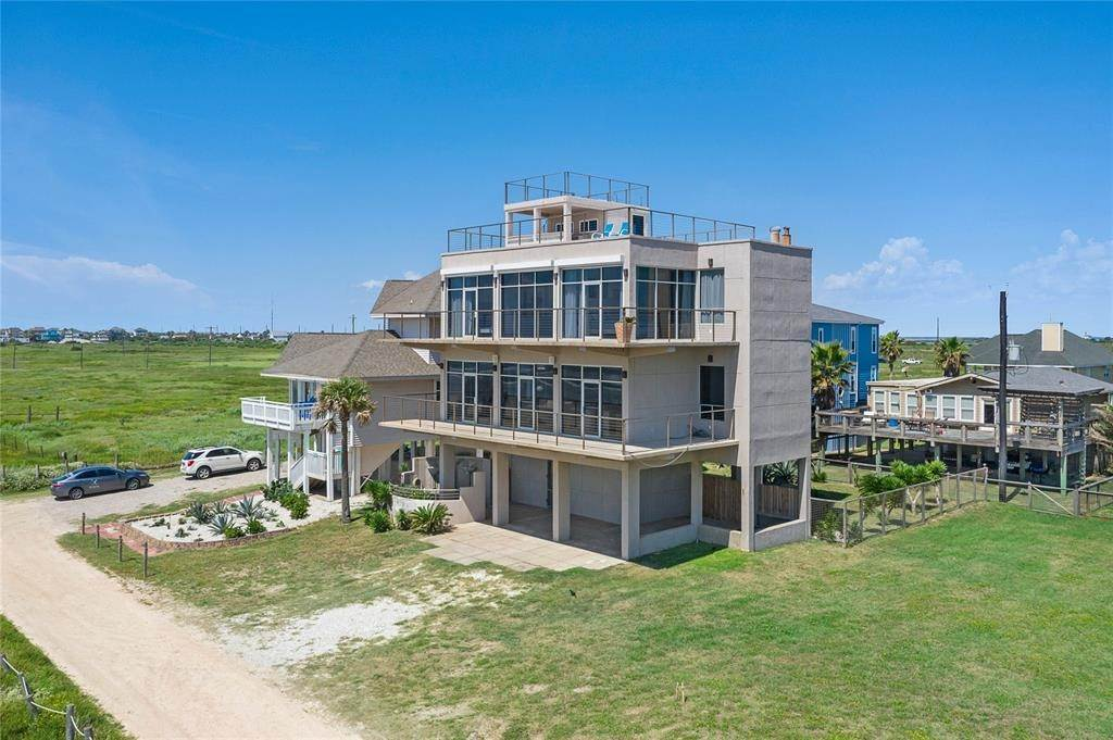Single Family for Sale at 13210 Bermuda Beach Drive Galveston, Texas 77554 United States