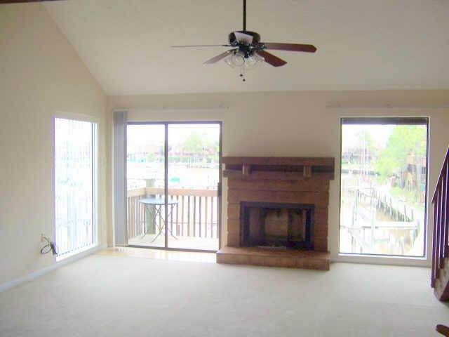 4. Condo / Townhouse for Rent at 2320 Crows Nest League City, Texas 77573 United States