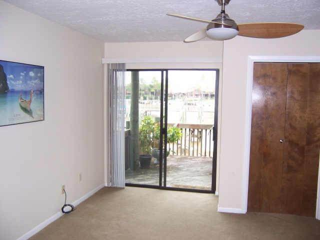 5. Condo / Townhouse for Rent at 2320 Crows Nest League City, Texas 77573 United States