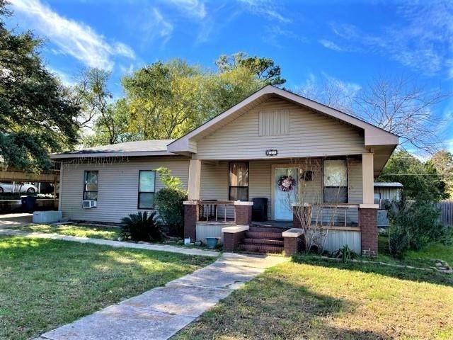 Single Family for Sale at 421 N 9th Avenue Teague, Texas 75860 United States