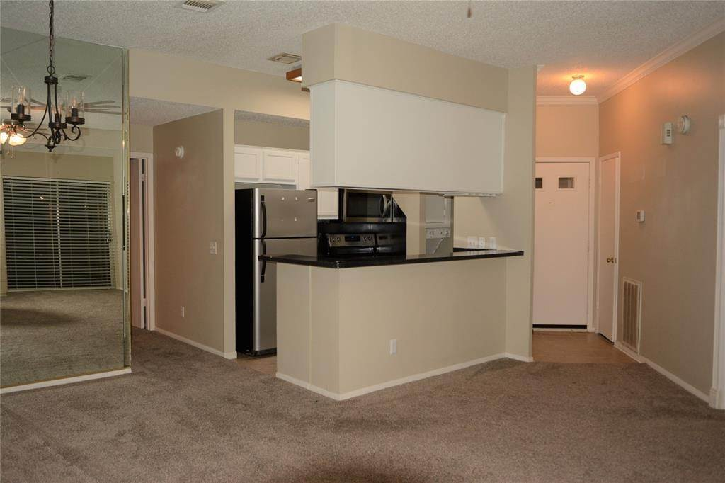 2. Condo / Townhouse for Rent at 3317 Golden Trails Drive #804 3317 Golden Trails Drive Houston, Texas 77345 United States