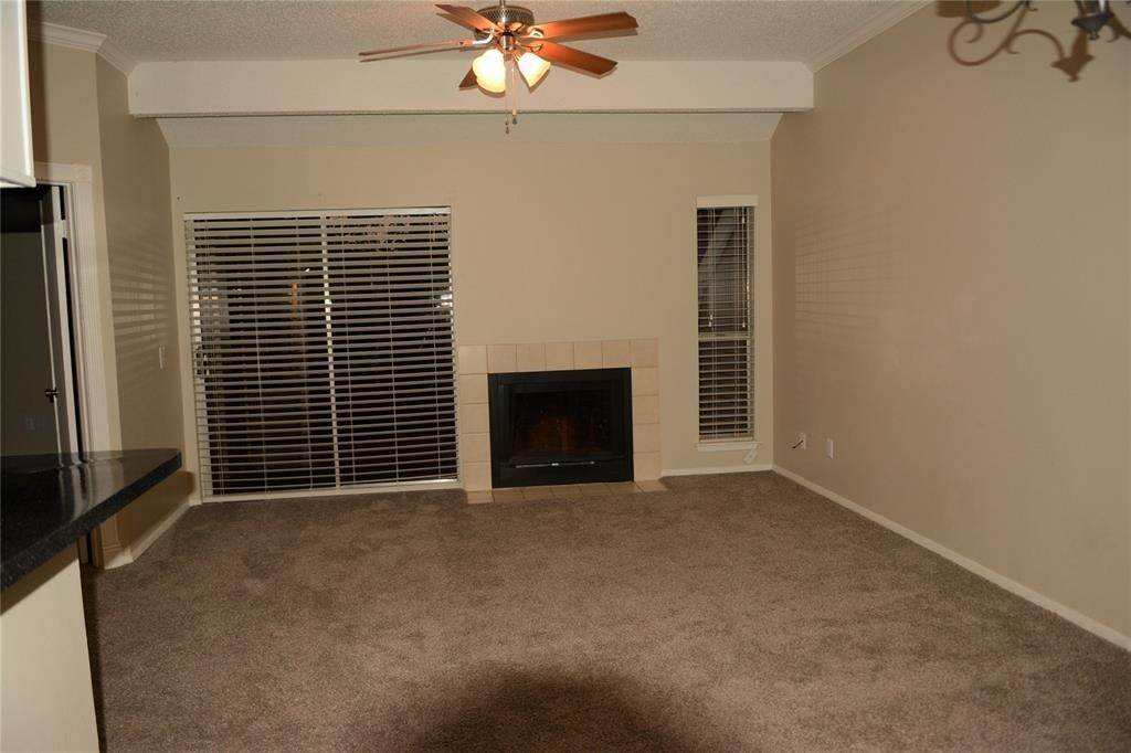 3. Condo / Townhouse for Rent at 3317 Golden Trails Drive #804 3317 Golden Trails Drive Houston, Texas 77345 United States
