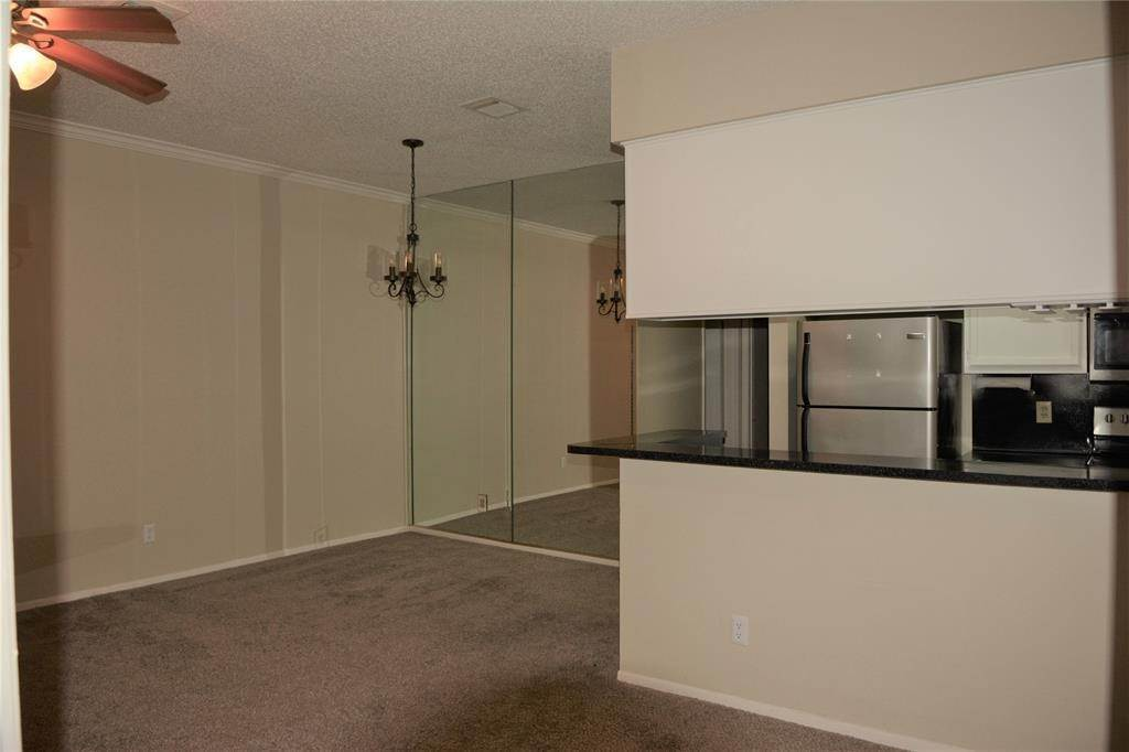 5. Condo / Townhouse for Rent at 3317 Golden Trails Drive #804 3317 Golden Trails Drive Houston, Texas 77345 United States