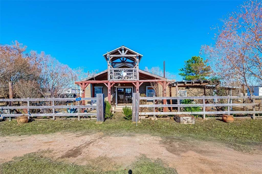 Single Family for Sale at 114 Main Street Industry, Texas 78944 United States