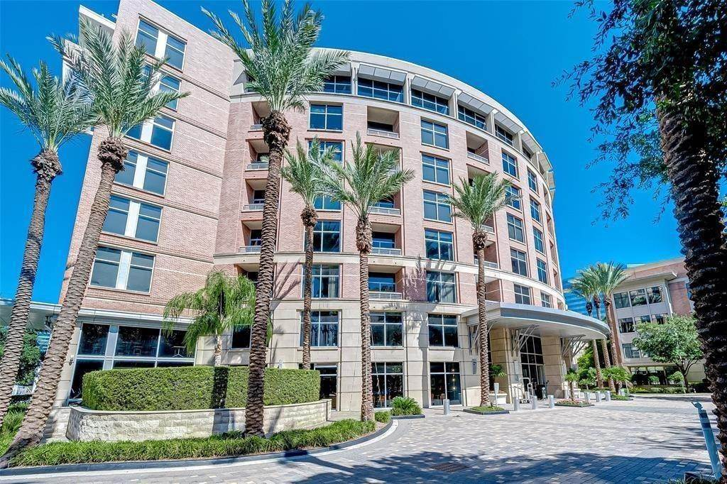 High or Mid-Rise Condo for Rent at 1901 Post Oak Boulevard #3506 1901 Post Oak Boulevard Houston, Texas 77056 United States