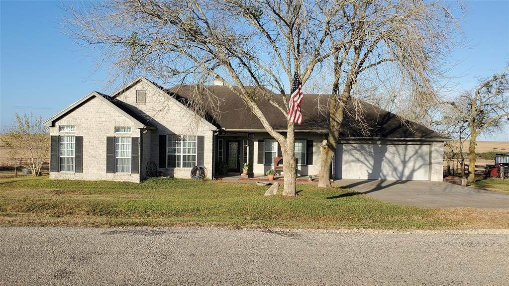 Single Family for Sale at 2180 Dagg Road Yoakum, Texas 77995 United States