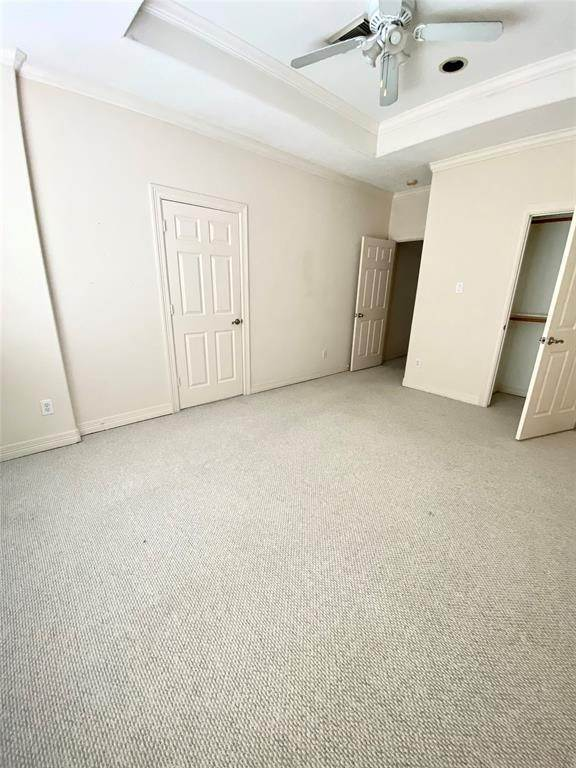 18. Condo / Townhouse for Rent at 3011 Houston Avenue #B 3011 Houston Avenue Houston, Texas 77009 United States