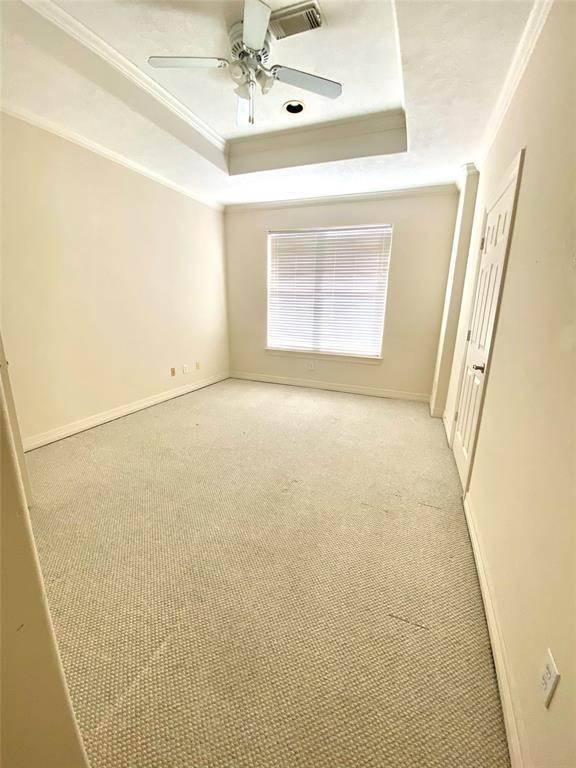 19. Condo / Townhouse for Rent at 3011 Houston Avenue #B 3011 Houston Avenue Houston, Texas 77009 United States