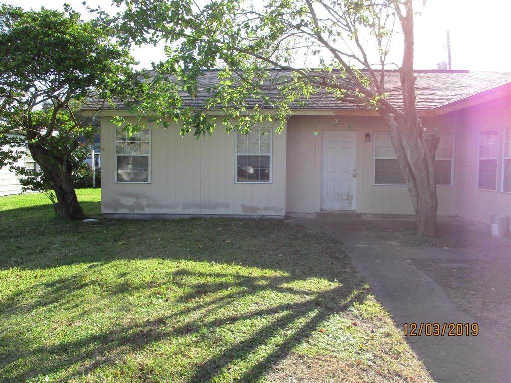 Multi Family for Rent at 1751 Lynn Lane Freeport, Texas 77541 United States