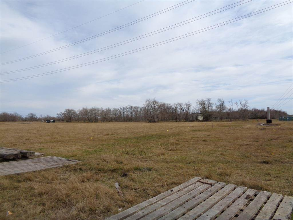 Land for Sale at 7300 25th Avenue North Texas City, Texas 77591 United States