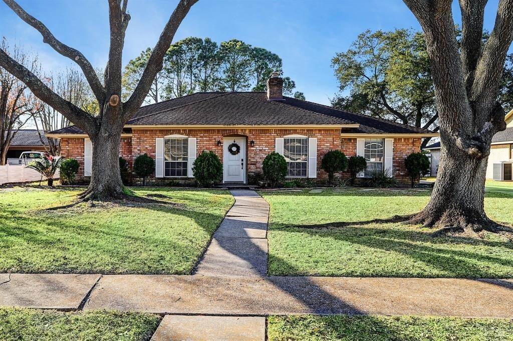 Single Family for Sale at 2720 Dow Circle Deer Park, Texas 77536 United States