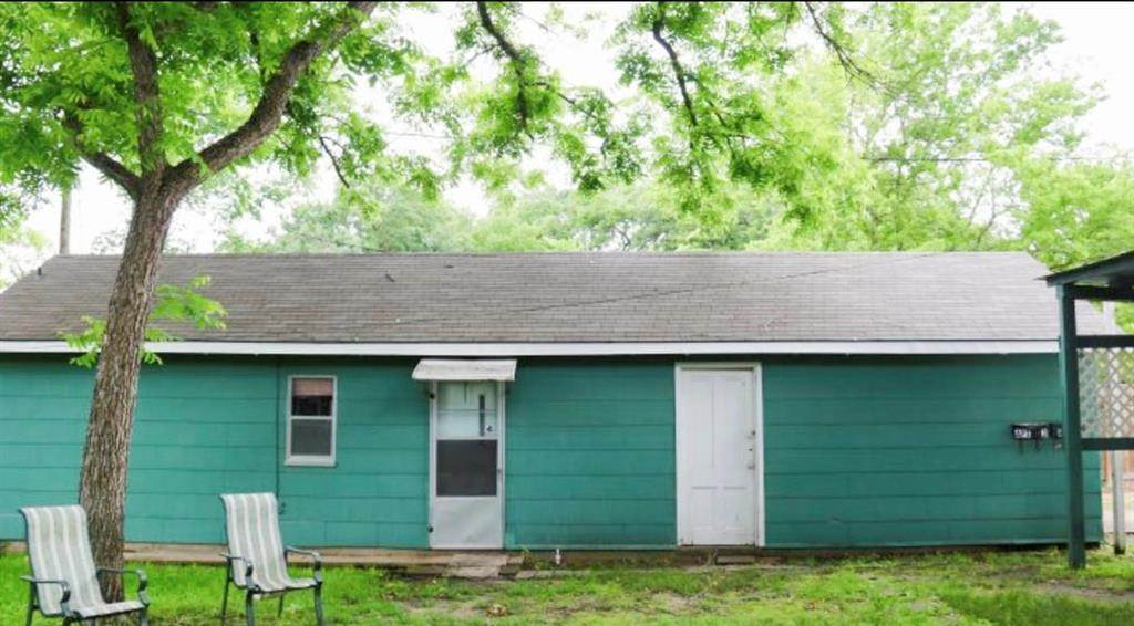 Residential Lots & Land for Rent at 817 Holland Street #Apt 4 817 Holland Street Navasota, Texas 77868 United States
