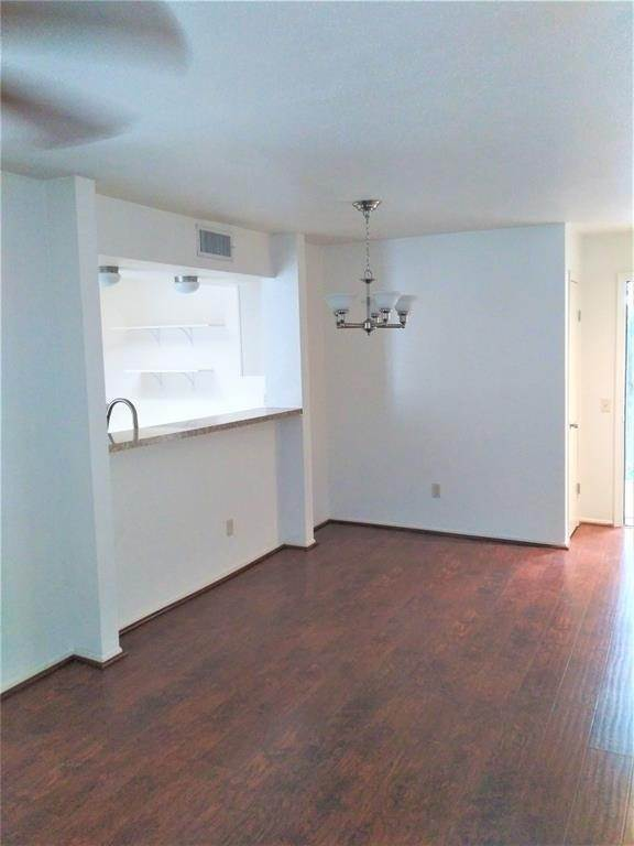 2. Condo / Townhouse for Rent at 9809 Richmond Avenue #B15 9809 Richmond Avenue Houston, Texas 77042 United States