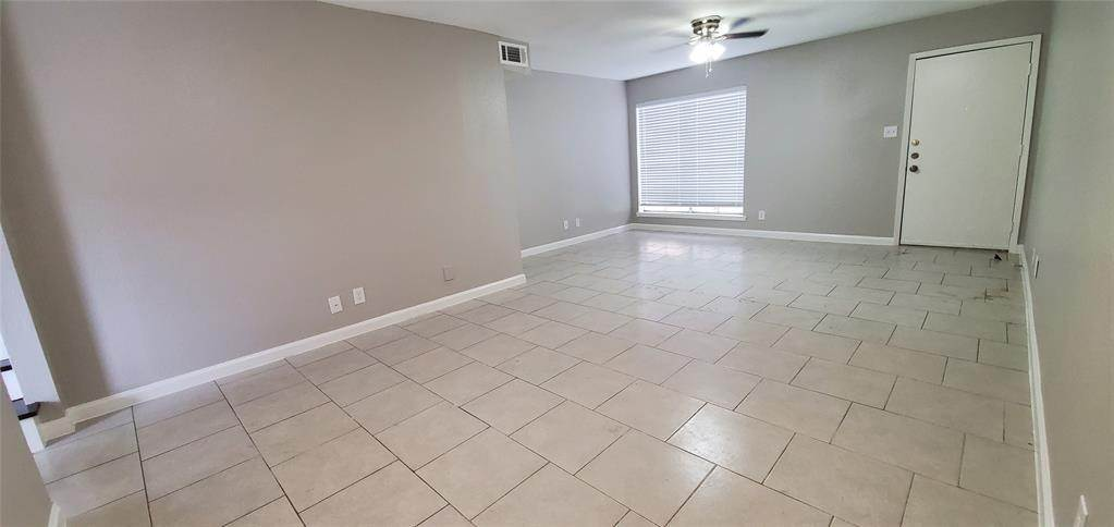 6. Condo / Townhouse for Rent at 6200 W Tidwell Road #2405 6200 W Tidwell Road Houston, Texas 77092 United States