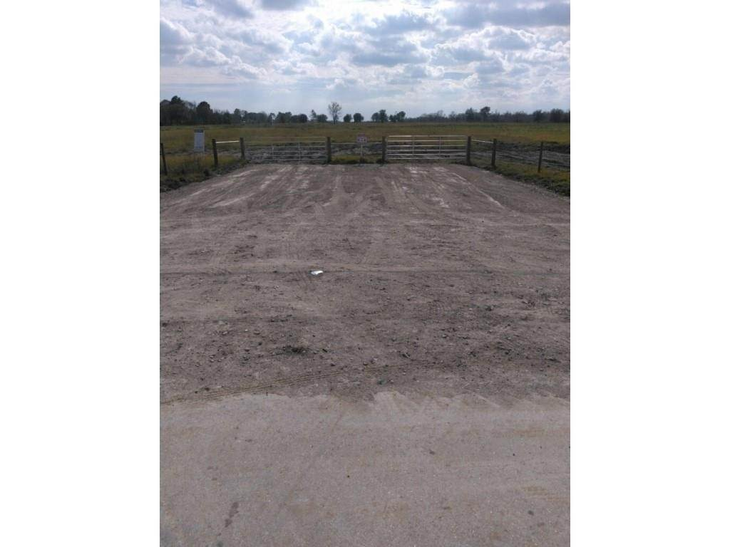 Land for Sale at 4102 Fm 1462 Rosharon, Texas 77583 United States