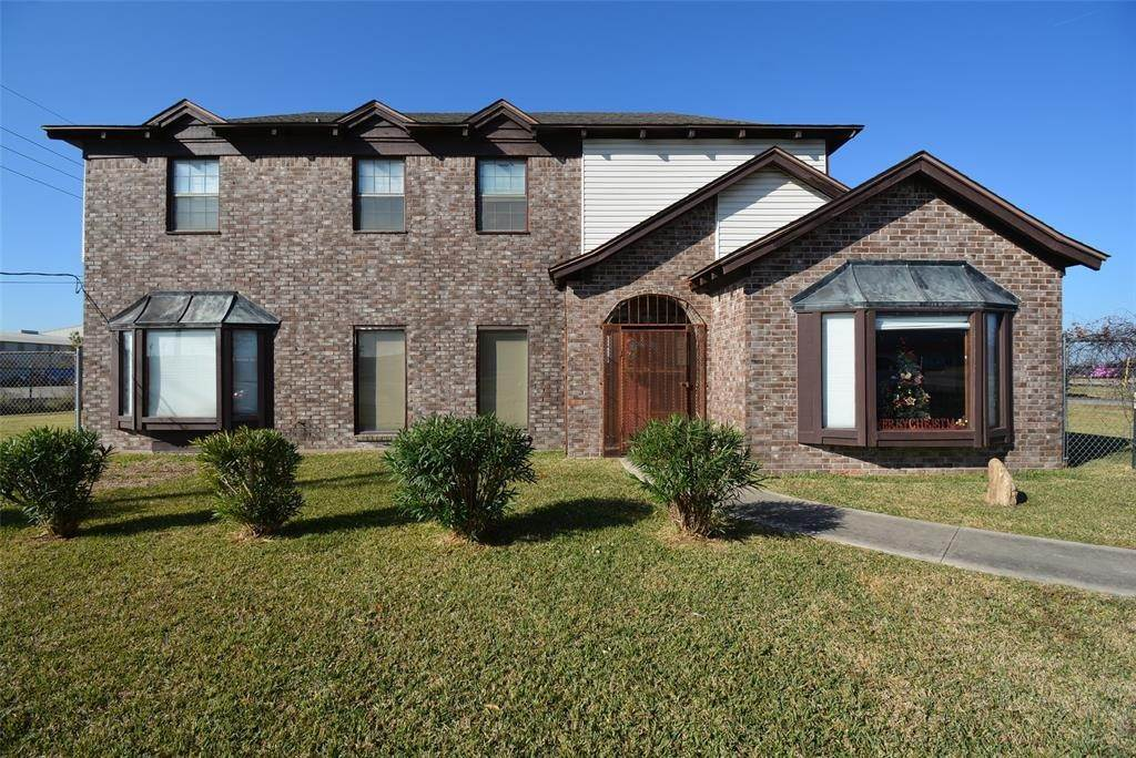Single Family for Sale at 7511 Miller Road 2 #2 7511 Miller Road 2 Houston, Texas 77049 United States