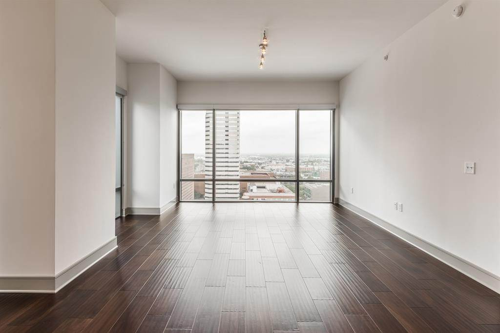 High or Mid-Rise Condo for Rent at 409 Travis Street #2905 409 Travis Street Houston, Texas 77002 United States