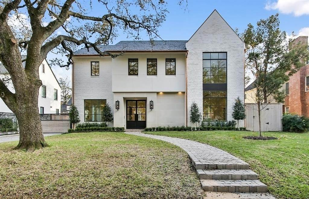 Single Family for Sale at 2223 Inwood Drive Houston, Texas 77019 United States