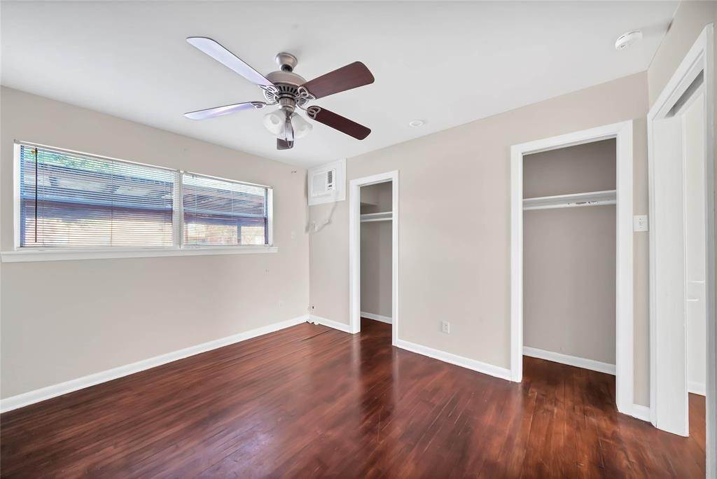 12. Single Family Homes for Rent at 1914 Mcduffie Street #2 1914 Mcduffie Street Houston, Texas 77019 United States