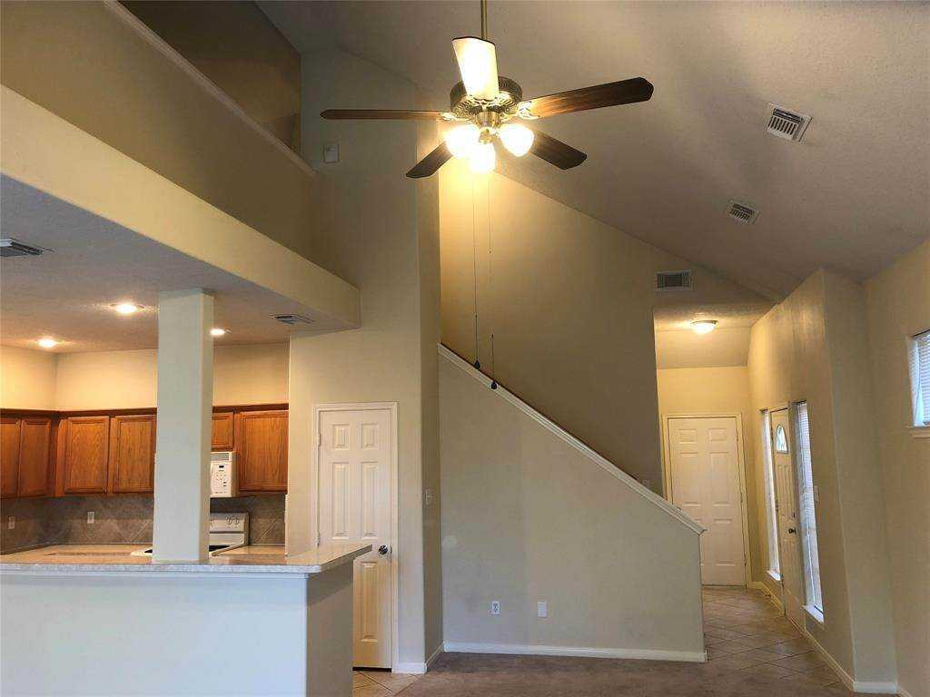 3. Single Family Homes for Rent at 715 Nelson Street Crosby, Texas 77532 United States
