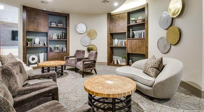 28. High or Mid-Rise Condo for Rent at 1414 Texas Ave #740 1414 Texas Ave Houston, Texas 77002 United States