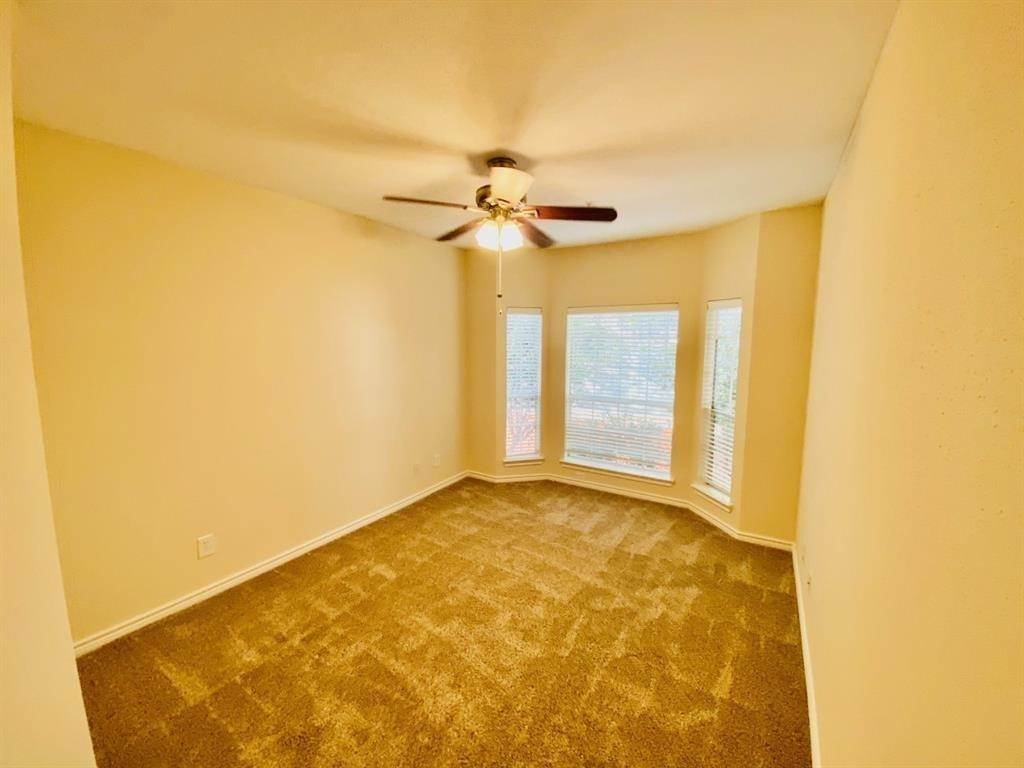 6. High or Mid-Rise Condo for Rent at 2350 Westcreek Lane #6208 2350 Westcreek Lane Houston, Texas 77027 United States