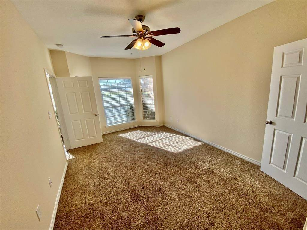 11. High or Mid-Rise Condo for Rent at 2350 Westcreek Lane #2203 2350 Westcreek Lane Houston, Texas 77027 United States