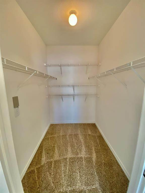 12. High or Mid-Rise Condo for Rent at 2350 Westcreek Lane #2203 2350 Westcreek Lane Houston, Texas 77027 United States