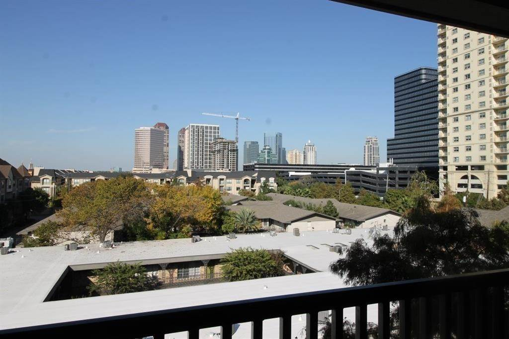 High or Mid-Rise Condo for Rent at 2400 Mccue Road #442 2400 Mccue Road Houston, Texas 77056 United States