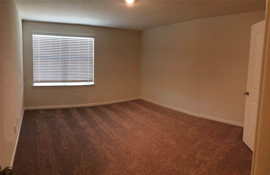 10. Condo / Townhouse for Rent at 560 Soloman Lane Brookshire, Texas 77423 United States