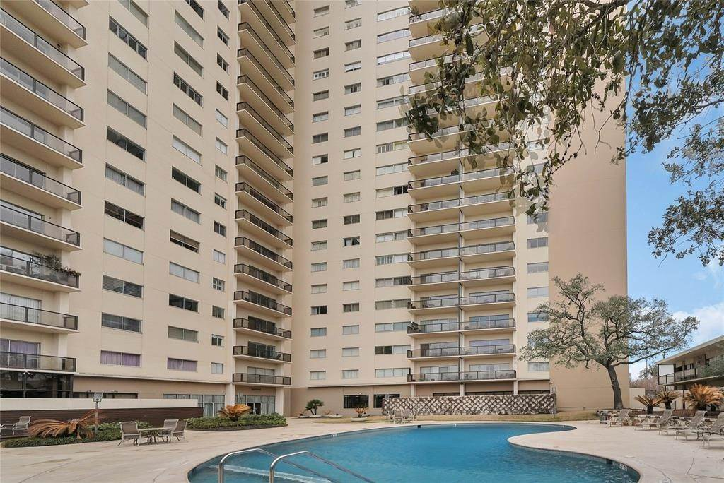 High or Mid-Rise Condo for Rent at 2929 Buffalo Speedway #A311 2929 Buffalo Speedway Houston, Texas 77098 United States