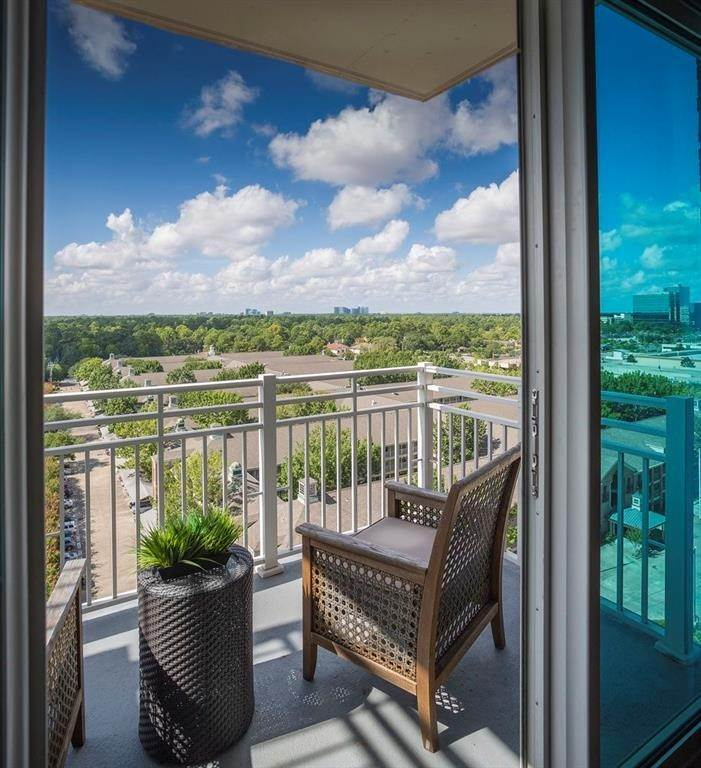 9. High or Mid-Rise Condo for Rent at 9870 N Gaylord Dr #606 9870 N Gaylord Dr Houston, Texas 77024 United States