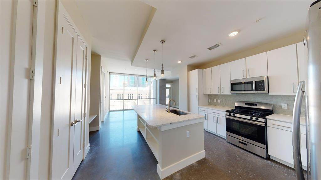 High or Mid-Rise Condo for Rent at 1825 N San Jacinto St #707 1825 N San Jacinto St Houston, Texas 77002 United States