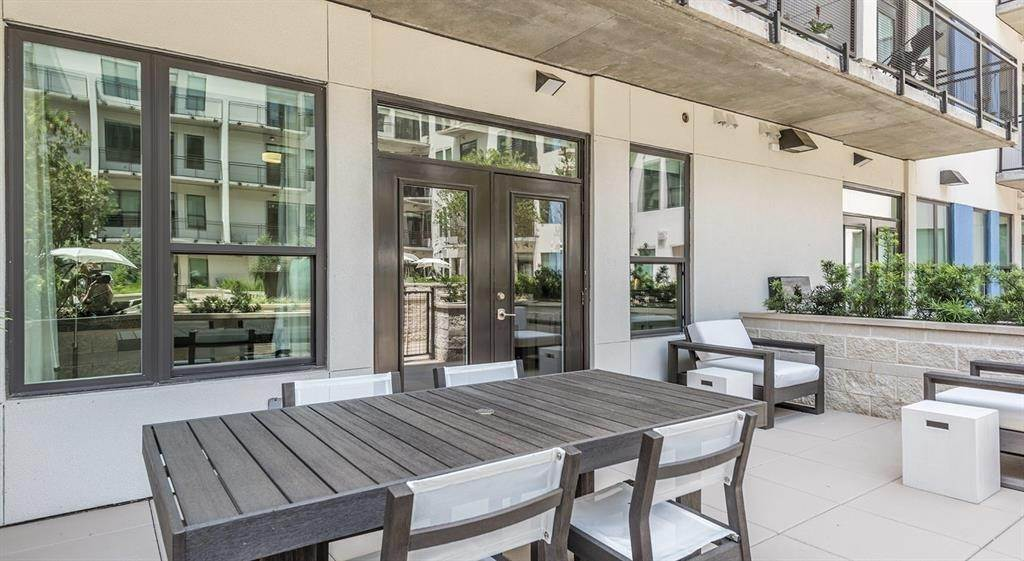 14. High or Mid-Rise Condo for Rent at 1825 N San Jacinto St #707 1825 N San Jacinto St Houston, Texas 77002 United States