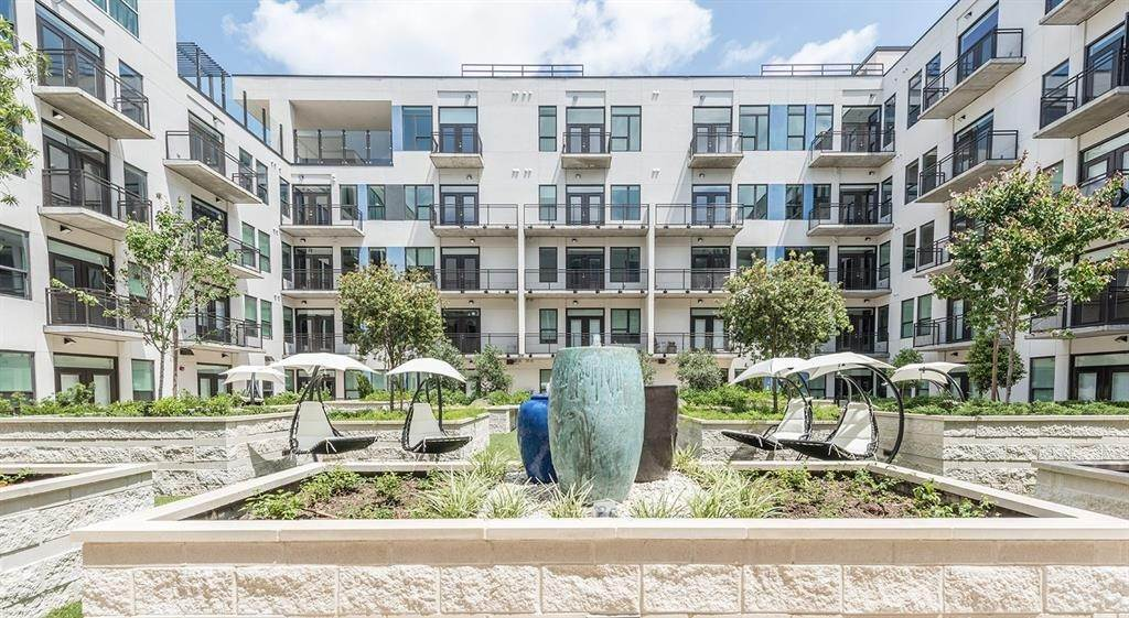 16. High or Mid-Rise Condo for Rent at 1825 N San Jacinto St #707 1825 N San Jacinto St Houston, Texas 77002 United States