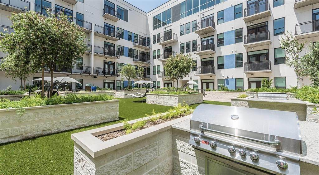 18. High or Mid-Rise Condo for Rent at 1825 N San Jacinto St #707 1825 N San Jacinto St Houston, Texas 77002 United States