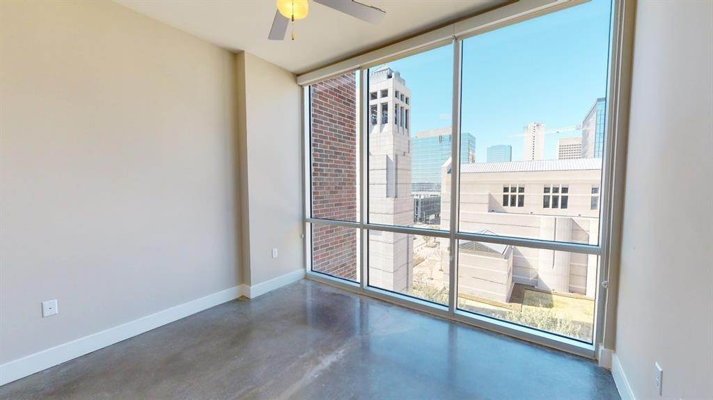6. High or Mid-Rise Condo for Rent at 1825 N San Jacinto St #707 1825 N San Jacinto St Houston, Texas 77002 United States