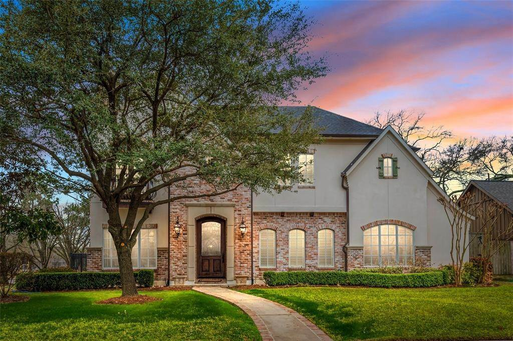 Single Family for Sale at 6201 Cedar Creek Drive Houston, Texas 77057 United States