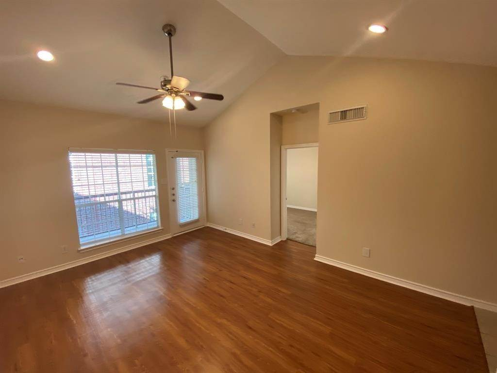 Single Family Homes for Rent at 1919 Post Oak Park Drive #5224 1919 Post Oak Park Drive Houston, Texas 77027 United States