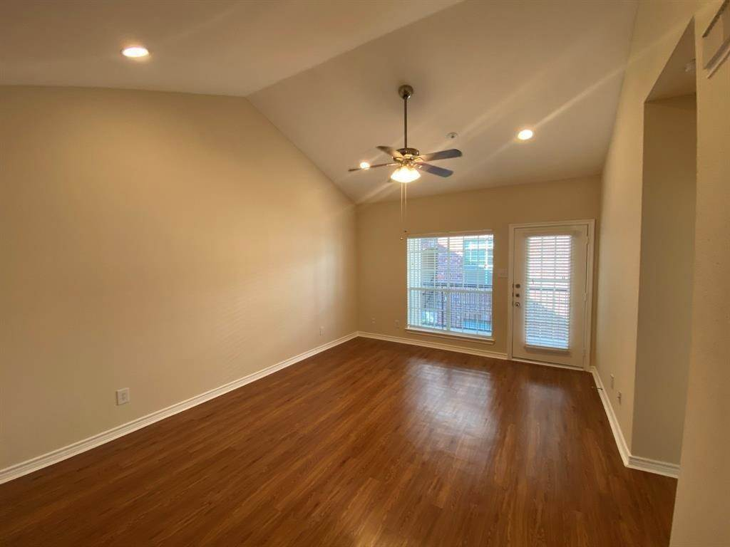 2. Single Family Homes for Rent at 1919 Post Oak Park Drive #5224 1919 Post Oak Park Drive Houston, Texas 77027 United States