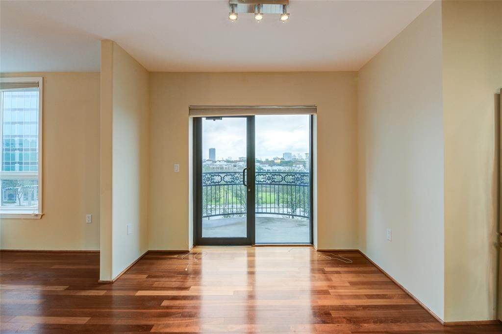 11. High or Mid-Rise Condo for Rent at 3030 Post Oak Boulevard #408 3030 Post Oak Boulevard Houston, Texas 77056 United States