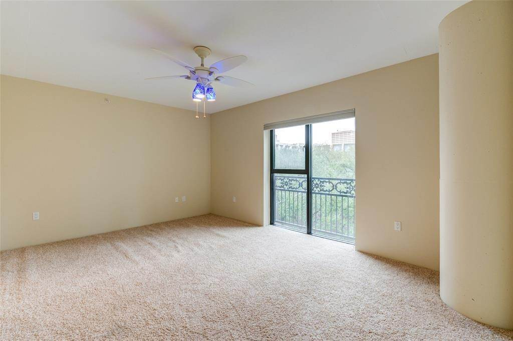 39. High or Mid-Rise Condo for Rent at 3030 Post Oak Boulevard #408 3030 Post Oak Boulevard Houston, Texas 77056 United States