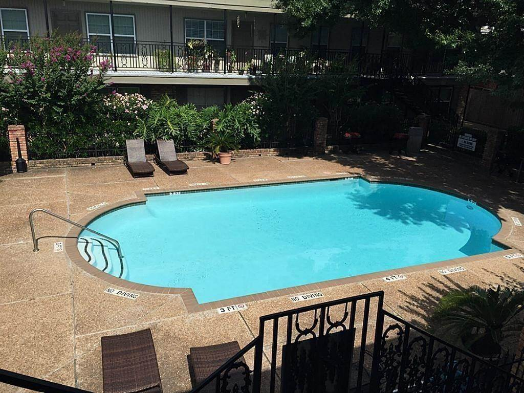Condo / Townhouse for Rent at 3131 Southwest Freeway #41 3131 Southwest Freeway Houston, Texas 77098 United States
