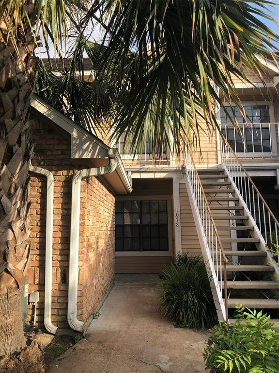 3. Condo / Townhouse for Rent at 2300 Old Spanish Trail #1078 2300 Old Spanish Trail Houston, Texas 77054 United States